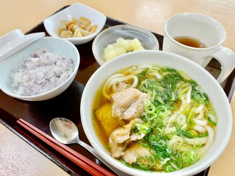 高槻市の有料老親ホームココリ 昼食例02